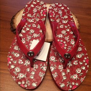 Coach NWT red floral flip flops size 8